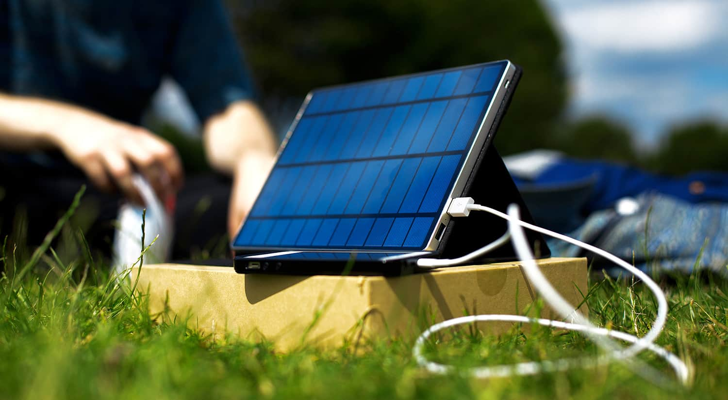 Solartab C Is The Solar Charger Of The Future Best Solar