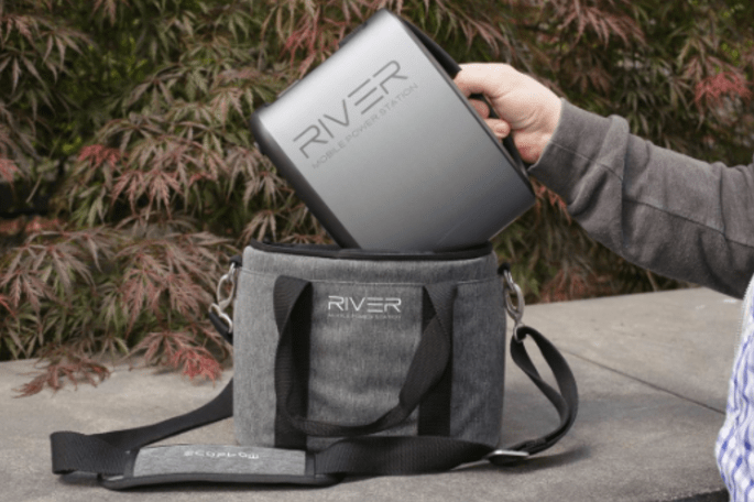 RIVER MOBILE POWER BANK